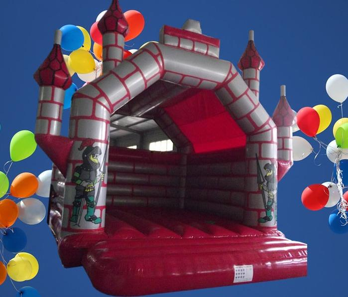 Red and Silver Turreted 6m x 6m Bouncy Castle 1313