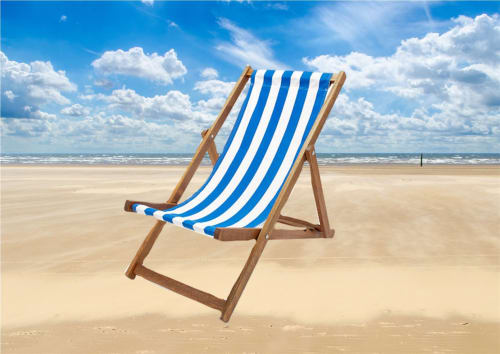 5 Traditional Deck Chairs 1378